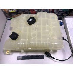 Бачок расширительный охлаждающей жидкости RVI PREMIUM