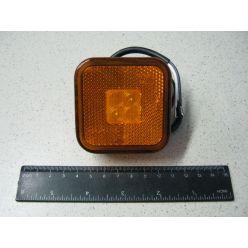 BH. Лампа габаритная LED отражающая 12/24Vжелтая,квадрат